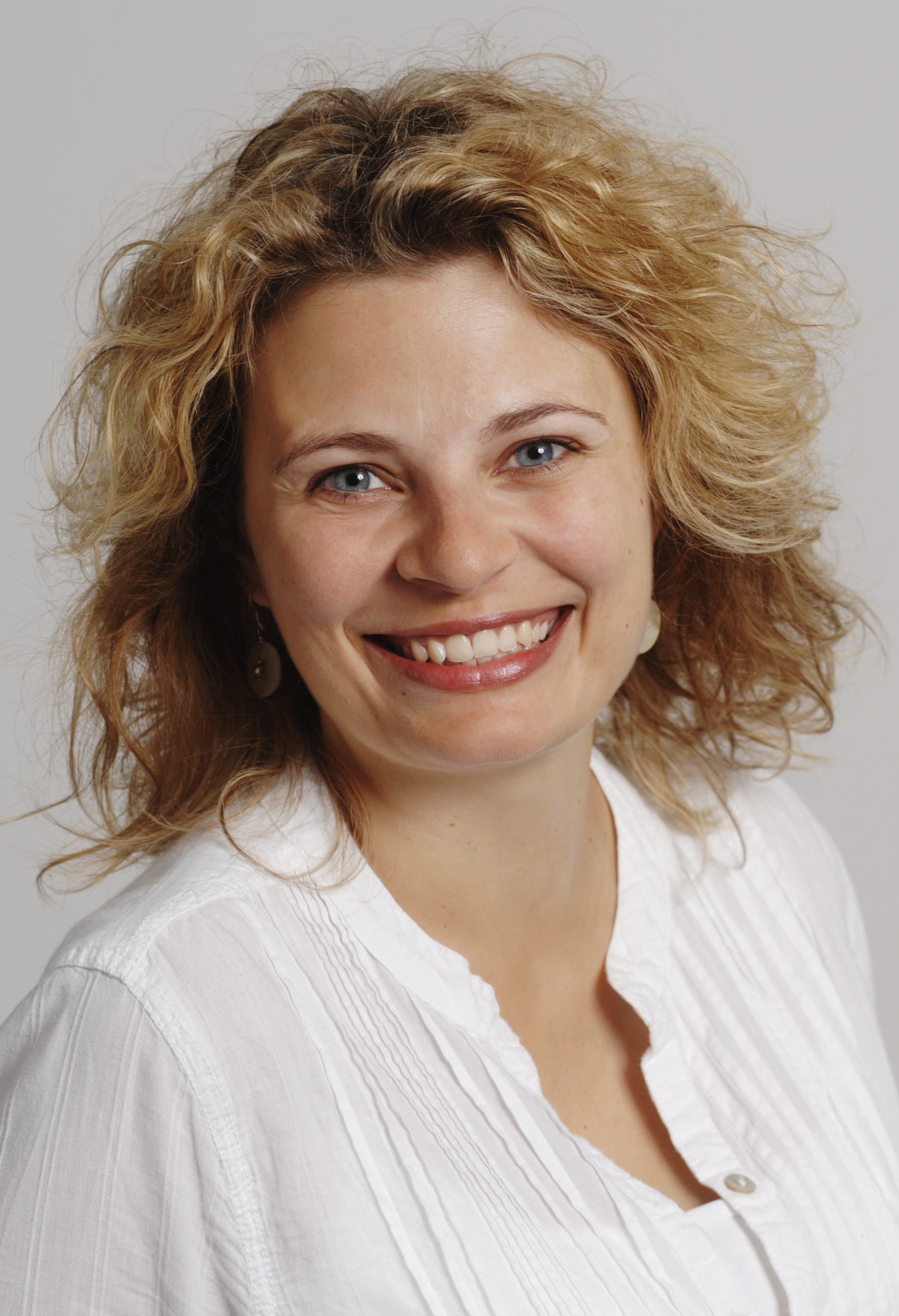Stefanie Symmank; Foto: Fotostudio M42