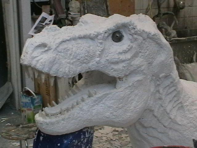 Dinosaurierkopfteil; Foto: Rebecca Göttert