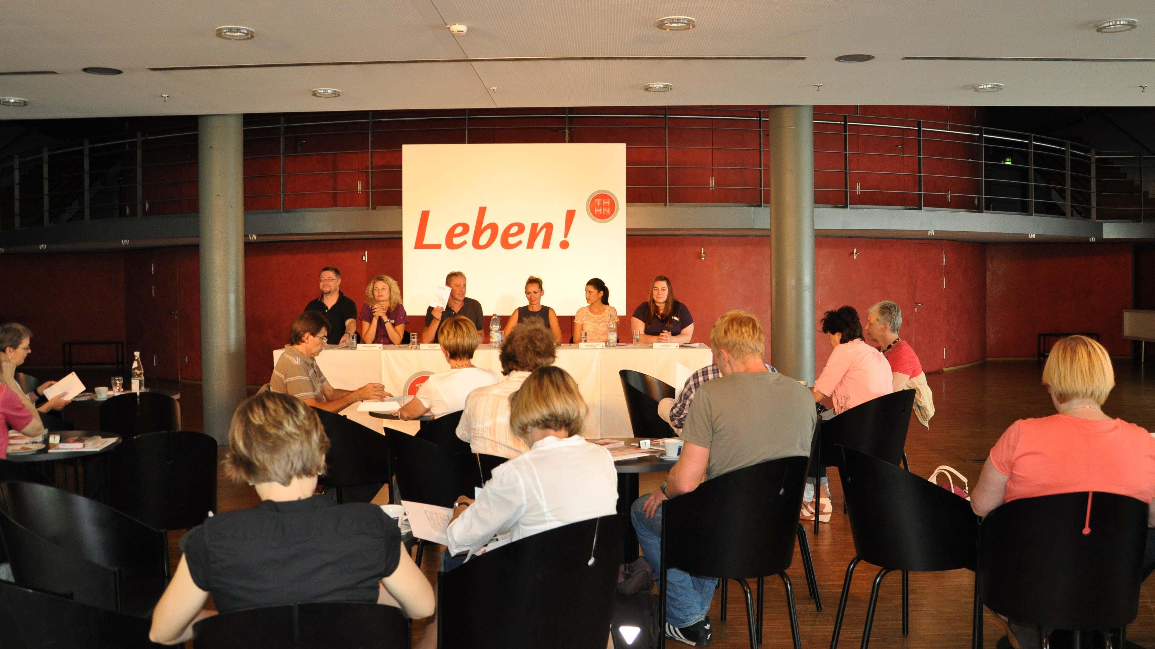 Andreas Frane, Stefanie Symmank, Axel Vornam, Katrin Singer, Ramona Klumbach, Antjé Femfert (v.l.)