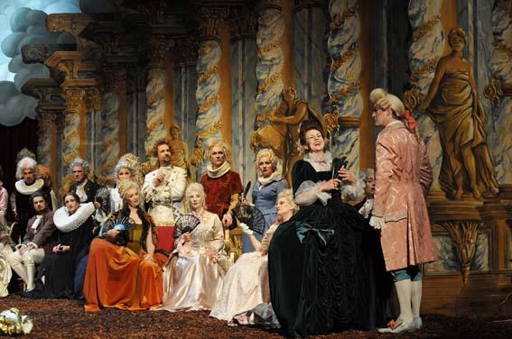 Szenenfoto Saul Foto: ANDREAS J. ETTER, Oldenburgische Staatstheater